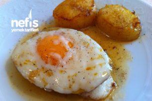 Kahvaltılık Yumurtalı- Kaşarlı Patates Tarifi
