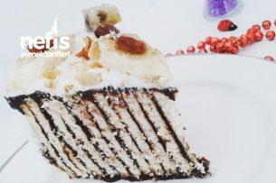 Kalıpta Bisküvili Pasta (Ev Yapımı Pudingle) Tarifi