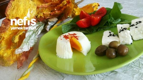 Kahvaltılık Şekilli Haşlanmış Yumurta