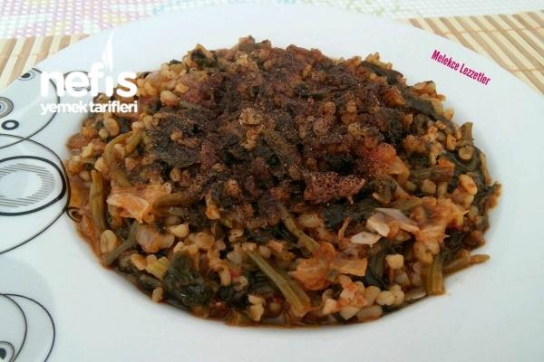 Pratik Nefis Bulgurlu Ispanak Yemeği