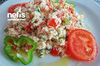 Kahvaltıya Çökelek Salatası Tarifi