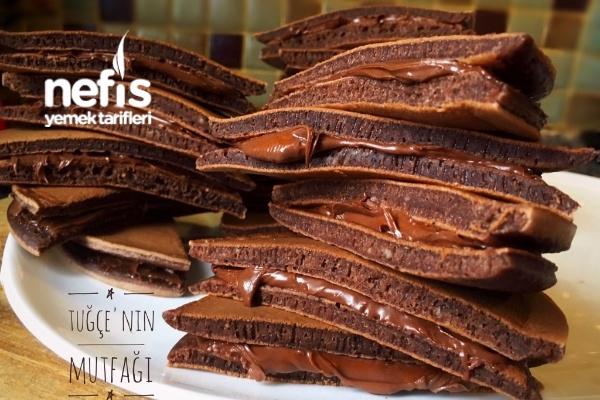 Süper Çikolatalı Pankek Sandviçler Tarifi
