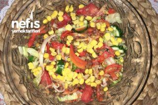 Mercimekli Mix Salata Tarifi