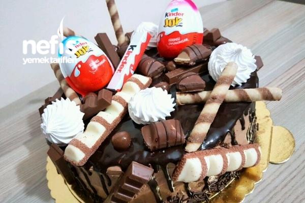 Çikolata Karnavalı Şölen Pasta (Aşama Aşama) Tarifi