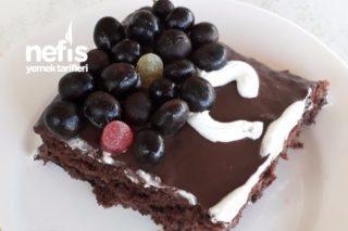 Çikolatalı Kolay Yaş Pasta (Anneler Gününe Özel Ayrıntılı Anlatımla) Tarifi