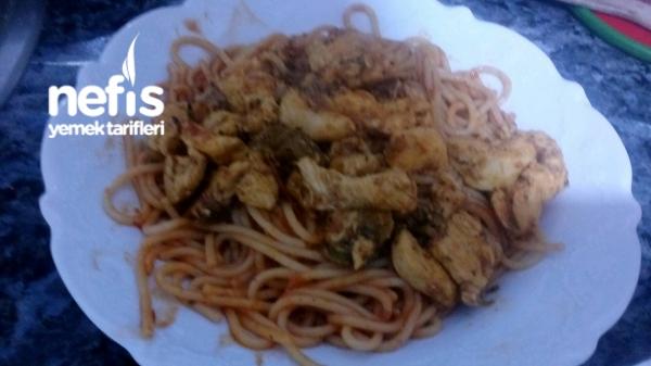 İtalyan Usulü Tavuklu Spagetti Makarna