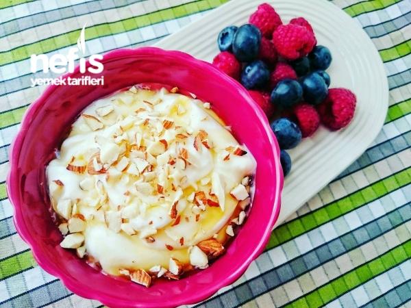 Yunan Usulü Kahvaltılık Yoğurt