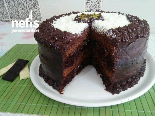Duble Çikolatalı Muhteşem Doğum Günü Pastası