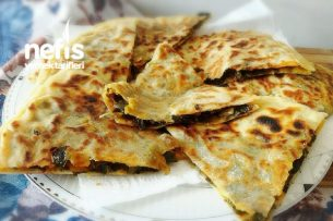 Nefis Çiriş Böreği (Yöresel Börek ) Tarifi