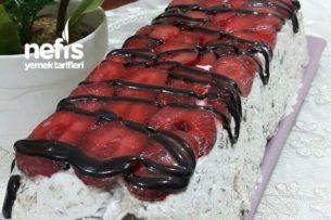 Çilekli Halleyli Soğuk Pasta Tarifi