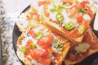 Bayat Ekmekten Kahvaltılık Pizza Tarifi