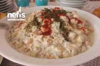 Yoğurtlu Nohut Salatası Tarifi