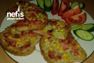 Çıtır Çıtır Pizza Tadında Ekmekcikler Tarifi