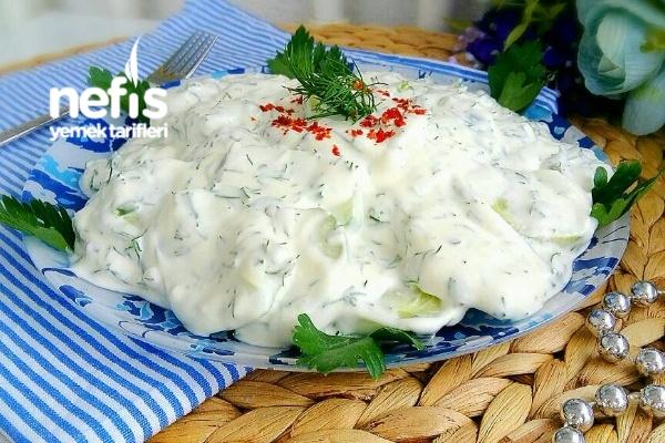 Ferah Harika Yaz Salatası Tarifi
