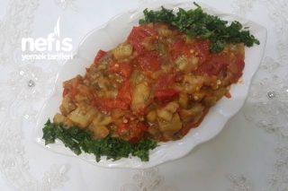 Yedikçe Yedirten Köz Patlıcan Salatası Tarifi