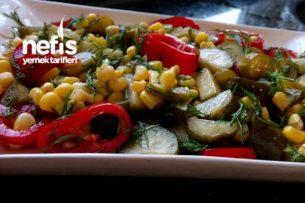 Kornişon Turşu Salatası Tarifi