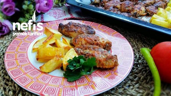 Fırında Nefis Soslu Kanat Ve Patates