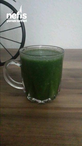 Sağlıklı Yeşil Smoothie