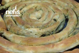 Açma Ispanaklı Börek Tarifi
