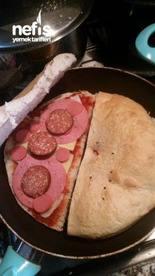 Kolay Ekmek Pizza Nefis Yemek Tarifleri Aslı çelik