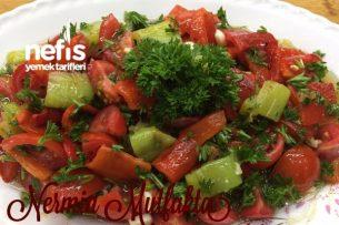 Köz Biber Salatası Tarifi