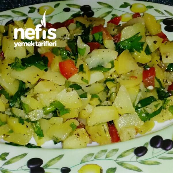 Kuzukulaklı Nefis Patates Salatası
