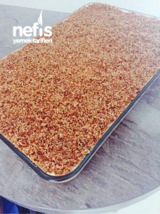 Hindistan Cevizli Creme Oleli Pasta/ Kokos-paradiescreme Kuchen