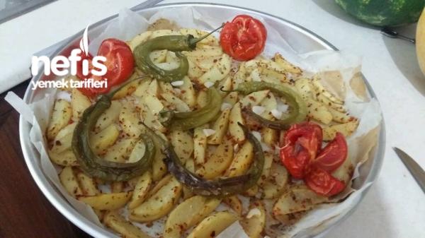 Fırında Baharatli Patates