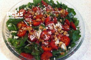 Çilekli Roka Salatası Tarifi