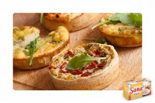 Acı Peynirli Mini Tartlar Tarifi