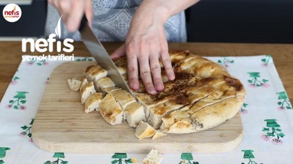 Bayat Ekmek Kebabı Nasıl Yapılır?