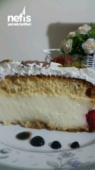 Çilekli Pratik Pasta