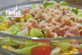 Diyet Dostu Salata (Ton Balıklı) Tarifi