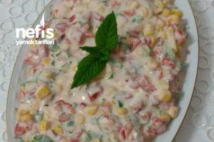 Yoğurtlu Köz Kırmızı Biber Salatası Tarifi