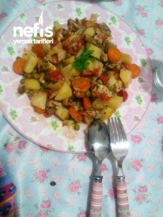 Pişirme Kağıdında Sebzeli Tavuk