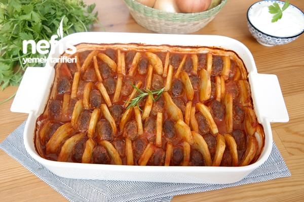 Fırında Pratik Köfte Patates Tarifi