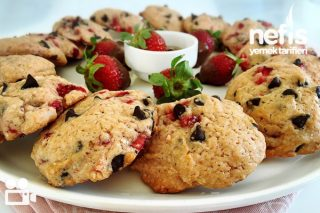 Çilekli Çikolatalı Cookies Videosu Tarifi