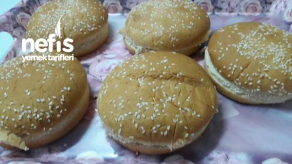 Çok Pratik Köfteli Hamburger