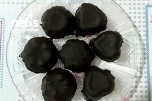Çikolatalı Hurma Topları Tarifi