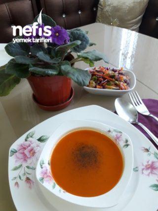 Közlenmiş Domates Çorbası