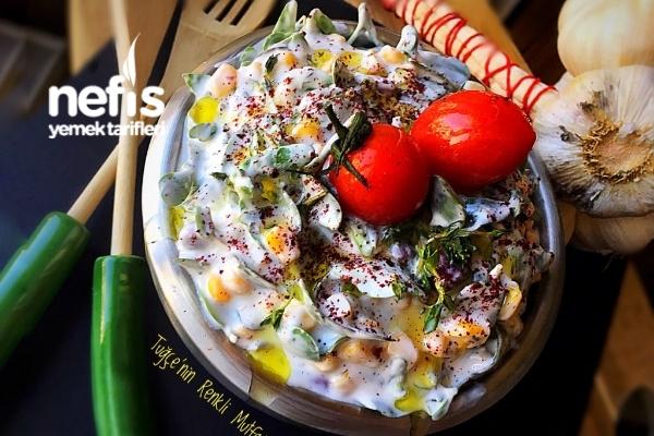 Ferahlatan Semizotlu Yaz Salatası Tarifi