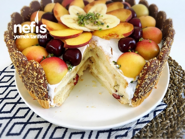 Meyveli Kolay Yaş Pasta
