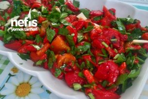 Köz Biberli Salata Tarifi