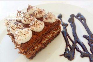 Pratik Bisküvili Pasta ( Yaş Pasta Tadında ) Tarifi