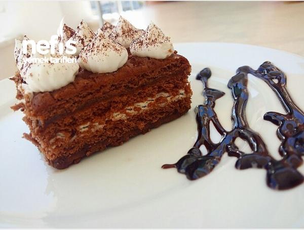 Pratik Bisküvili Pasta ( Yaş Pasta Tadında )