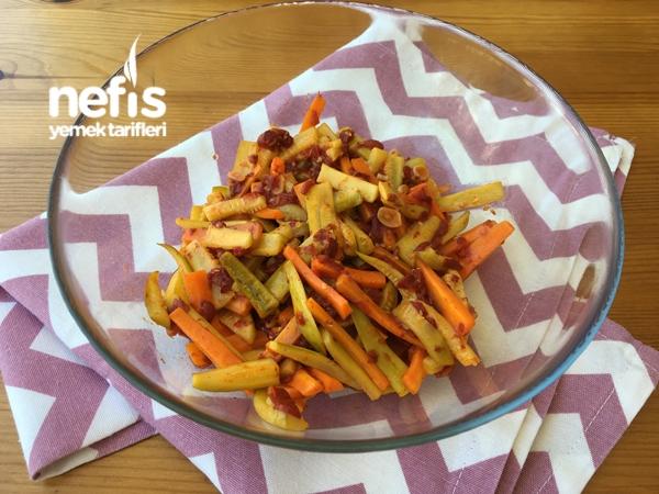 Yoğurtlu Sebze Salatası Tarifi – Lezzetli pratik bir tarif arayanlara uygun