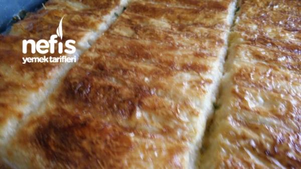 Baklavalık Yufkadan Sodalı Börek