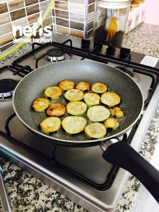 Enfes Patlıcan Musakka