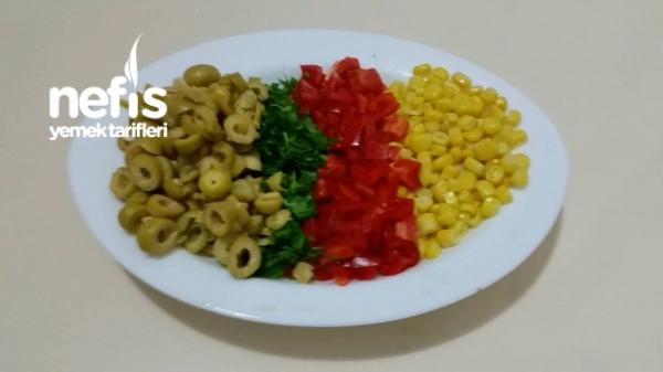 Köz Biberli Yeşil Zeytin Salatası(mükemmel )