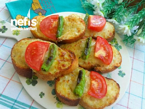 Patatesli Kaşarlı Ekmek Dilimleri